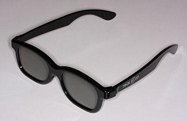 375px-Glasses_for_RealD_Cinema-fs_PNr°0272
