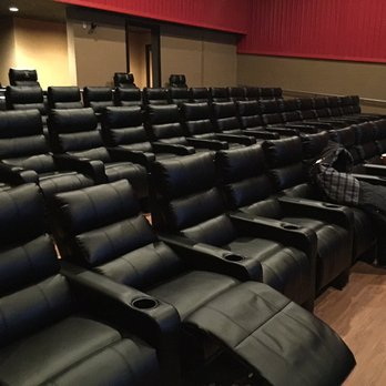 Since the early 2010u0027s the big trend most movie theaters have had is installing recliners inside cinemas as seats in order to see a movie. & Cinema Seating: Does It Matter? | Scene Before islam-shia.org