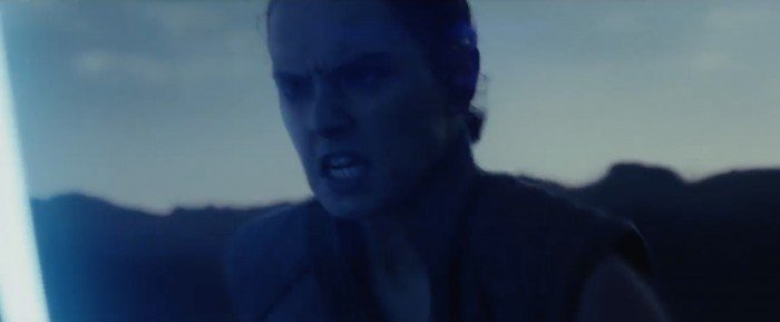 star-wars-the-last-jedi-trailer-17-rey-running-700x289