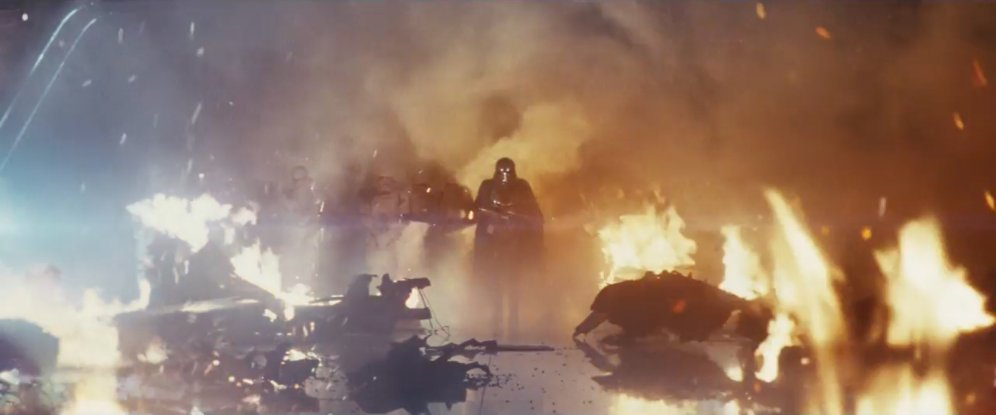 star-wars-the-last-jedi-trailer-20-captain-phasma